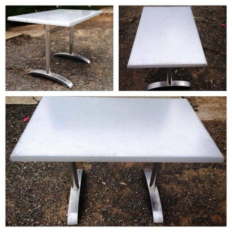 Cafe-style-table-seats-6.jpg