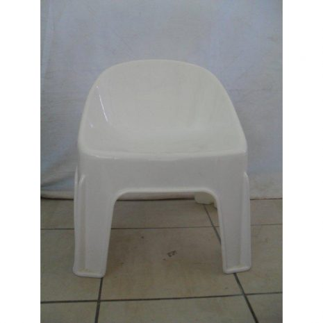 Childrens-Bucket-Chair-White.jpg